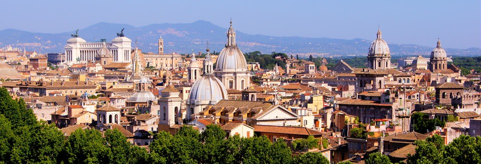 Rome easily accessible by car or train, avoiding parking problems.